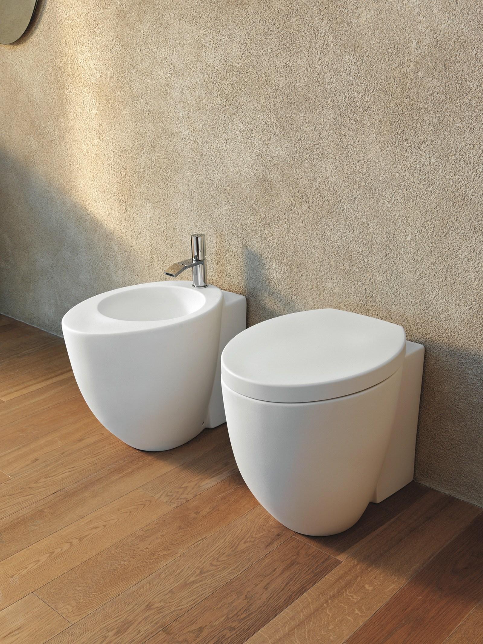 Le giare igienici ceramiche addeo for Sanitari cielo