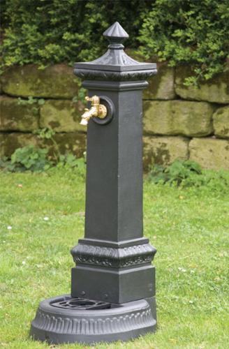 Fontana in ghisa milano ceramiche addeo - Fontane da giardino prezzi ...
