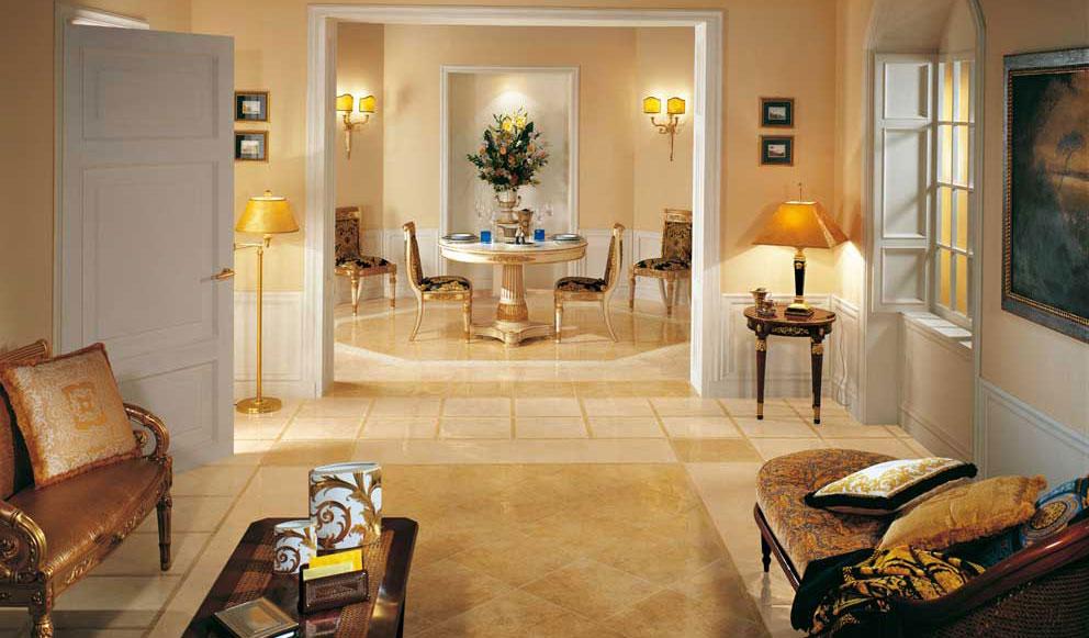 41 41 oro palace living ceramiche addeo for Mobili versace prezzi